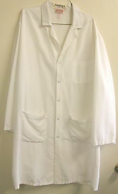 """Lab Coats Size XL White Men's Long Length 40"""" $5.00 Each Used But Still Nice"""