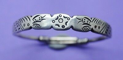 Chinese silver antique decorative bracelet with makers mark