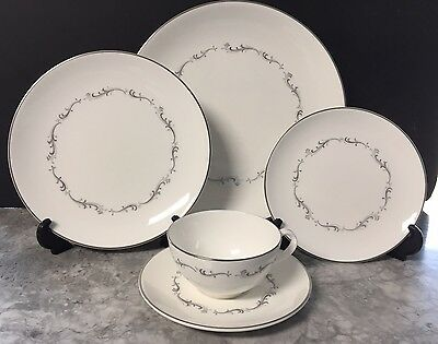Royal Doulton China CORONET Lot Of Four 5 Piece Place Settings ~ Excellent!