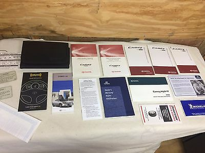 2009 toyota camry hybrid owner s owners manual books guide rh picclick com 2009 Toyota Camry Belt Diagram 2009 Toyota Camry Parts Diagram
