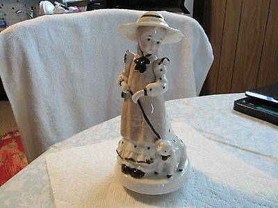 Beautiful Porcelain Girl Figurine With Lamb Spinning Music Box 8.5 Inches>L@@K
