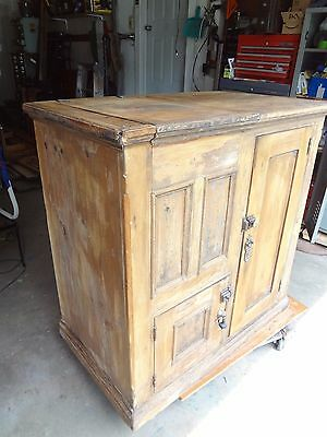 EDDY GLOBE ANTIQUE LARGE SIZE OAK ICE BOX ~Must be Picked Up~