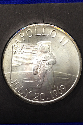"1999 Apollo 11 Coin - Uses Real Metal From ""eagle"" Landing Module! - Coa Inside"