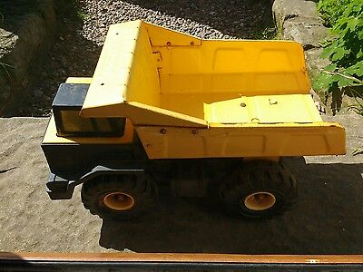 Tonka toy large  toy truck