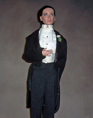 """Tonner American Model & Other 22"""" Size Dolls"""