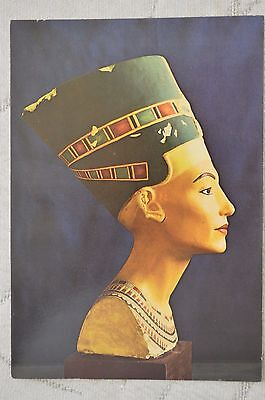 "CPM "" EGYPT - Painted limestone bust of Queen Nefertiti"