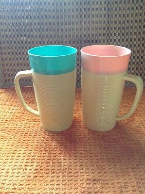"""Set Of 2 Vintage Raffia Ware Ribbed Cuts Mugs Thermo Teal & Pink 6"""""""