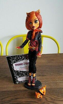 Monster High WAVE 1 Toralei Stripe Doll with Stand, Pet & Diary - Excellent Cond