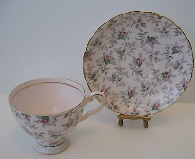 Vtg Royal Tuscan English Bone China Teacup and Saucer Pink Rosebud Chintz #9296H