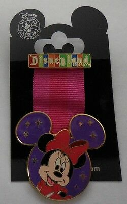 Disney Pin DLR 2007 Minnie Mouse Medal Pin New