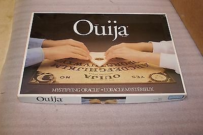 1995 Hasbro Parker Brothers Ouija Board Bilingual COMPLETE BOXED