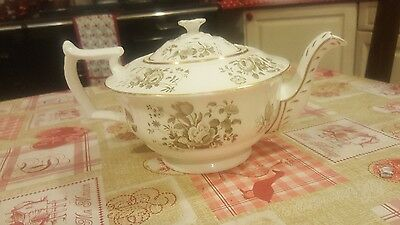A large Minton  19th century English porcelain teapot and cover Circa 1830