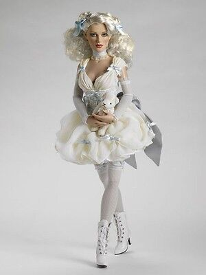 """~THIS DISH IS TOO HOT~17"""" Tonner Fashion Doll~2009 Tonner Re-Imagination LE500"""