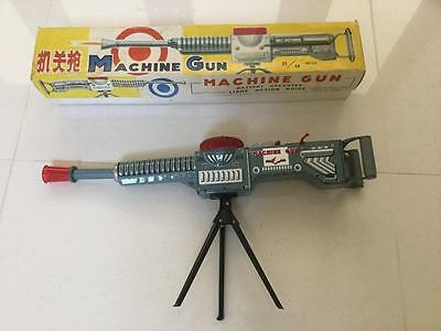 ME 602 Tin Plate Toy Machine Gun battery operated China NMIB