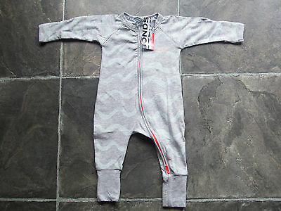 BNWT Baby Boy's Bonds Grey & Blue Zip Wondersuit/Coverall/Sleeper Size 000