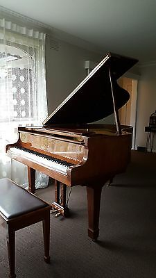 piano yamaha grand g2 beautiful sound excellent like new condition