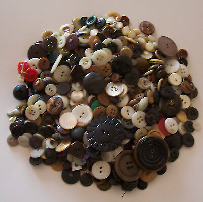 One Pound Lot Of Vintage Buttons - Various Sizes And Colors