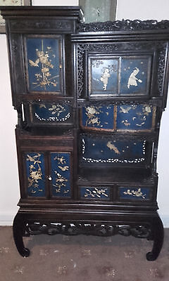 Shibayama Cabinet Meiji period so very beautiful .