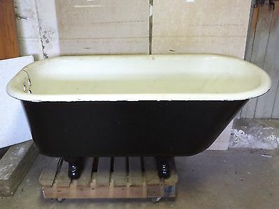 Antique 1920's Claw Foot Bath Tub, Antique 4.5 ft US Brand Claw Foot Bath Tub