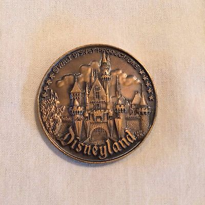 VINTAGE 60's WALT DISNEY PRODUCTIONS DISNEYLAND BRONZE COIN TOKEN MEDAL