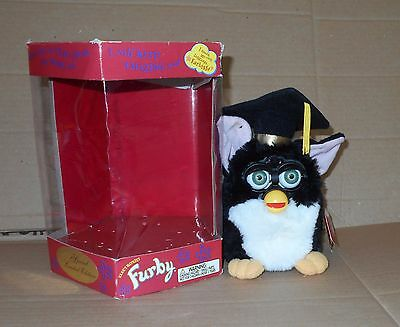 Special Limited Edition Graduation Electronic Furby (1999) VERY GOOD, WORKING