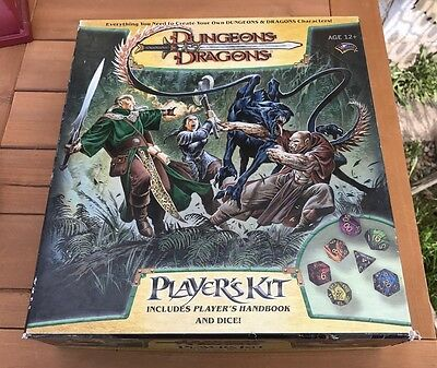 Dungeons & Dragons Player's Kit Player's Handbook D&D rpg Board Game