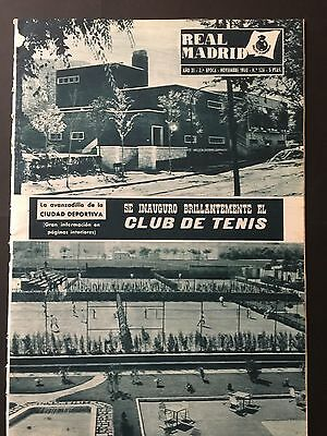 1960 Friendly.Manchester Utd, 2 - Real Madrid ,3. official Real Madrid magazine