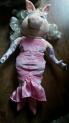 Disney Store Exclusive - The Muppets - Miss Piggy Doll Soft Toy - Vgc