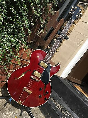 2001 Gibson Memphis ES-135 - Cherry - With OHSC - RARE