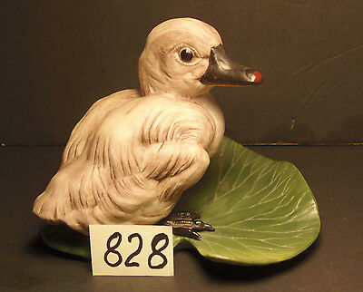 Boehm Figurine Cygnet 400-46 Baby Swan Bird Leaf Cygnus Olor, Made in USA
