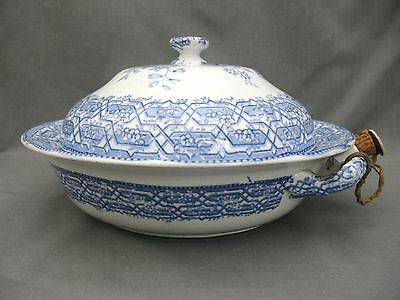 Decorative Minton Blue & White warming dish with ceramic stopper 1830-1860