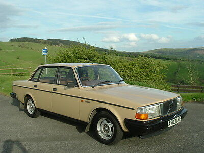 1984/A VOLVO 240 244 DL 2.1 AUTO. 69000 Miles from New. Superb Condition.