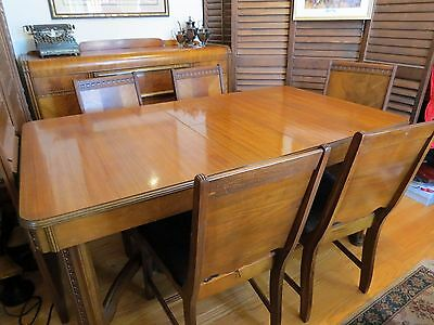 VINTAGE Dining Room set. 6 chairs, table.