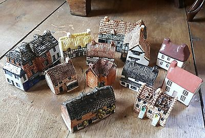 Tey Pottery Houses And Others Nice Job Lot !!!!