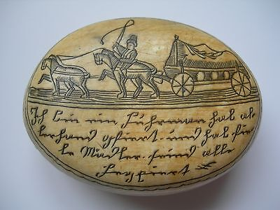FINE AND RARE ANTIQUE PICTORIAL HORN SNUFF BOX c1790-1820