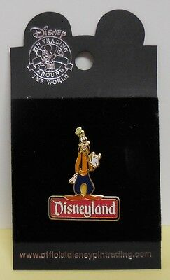 Disney pin DLR Disneyland Character Sign Series Goofy Pin