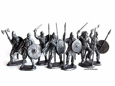 NEW!!! VIKING WARRIORS, only all foot figures -7 plastic soldiers1:32, 60mm