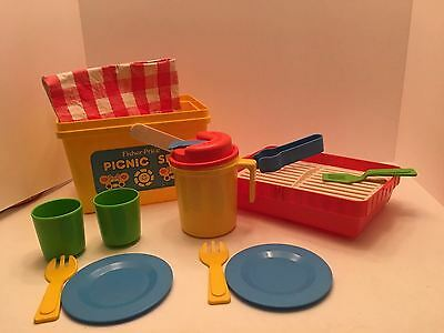Vintage 1985 Fisher Price Picnic Set Basket Cooler Grill Complete #2002