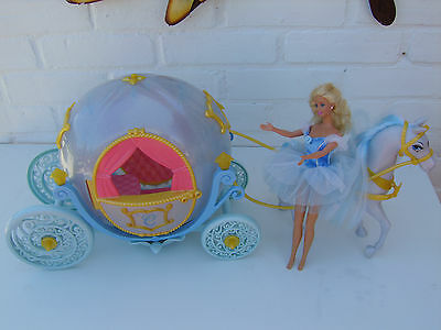 Disney  Cinderella Horse And Carriage With Doll toy