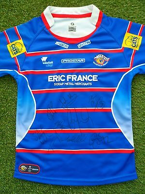 Wakefield Trinity Wildcats Shirt Signed by 2017 Squad  Rugby League 9 Autographs