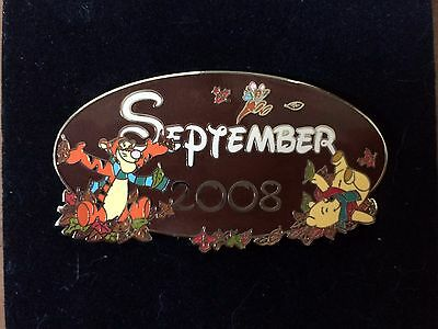Disney Pin Calendar Series 2008 SEPTEMBER JUMBO Tigger Roo Pooh Bear Leaves Oval