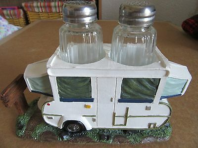 Salt and Pepper Shakers of a POP UP CAMPER Really super cute