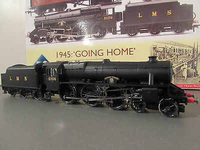 hornby ex r3299 1945 going home t/pack lms4-6-0class5 ayrshire yeomanry locoonly