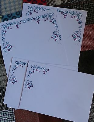 Personalised Luxury A5 writing paper Flowers 10 sheets + matching envelopes