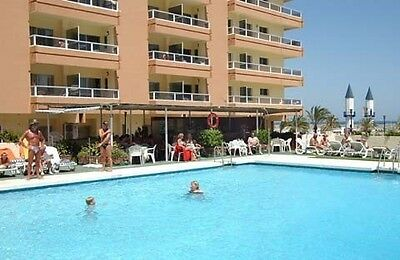 Fuengirola Apartment For Rent In Hotel Pyr Studio Sleeps 4/5 Spain Costa Del Sol