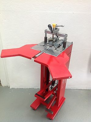 Charnwood M3 Foot operated picture framer's underpinner