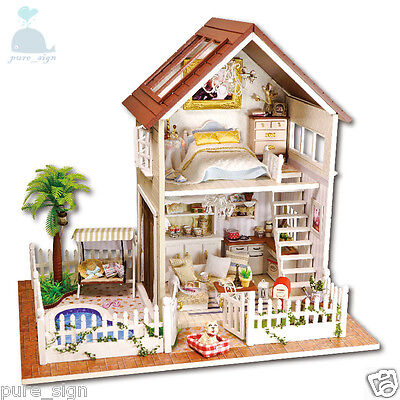 DIY Handcraft Miniature Project Kit Wooden Dolls House My Little House in Paris