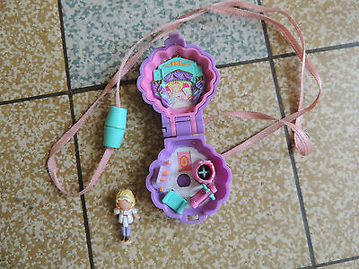1995 - Polly Pocket Polly's Show Time Locket - Classic Collection 100 % COMPLET