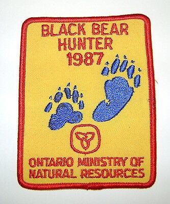 1987  RARE MNR ONTARIO BEAR hunting Patch,Crest, [deer,moose,elk]hunter,guns,L+F