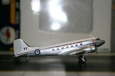 JC Wings 1:200 RAAF Douglas DC-3/C-47 A65-69 (XX2054) Die-Cast Model Plane